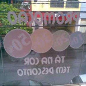 Adesivo Transparente Invertido + Fundo Branco m²